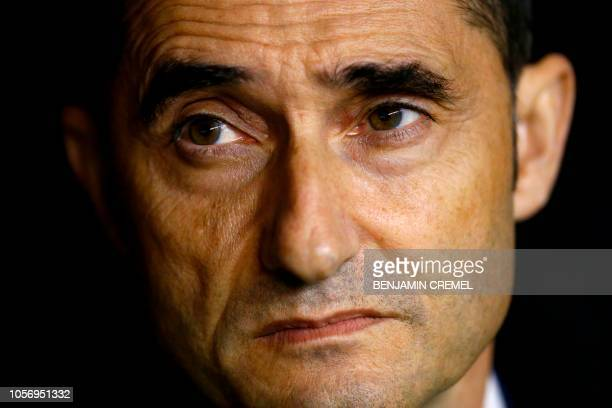 Barcelona's Spanish coach Ernesto Valverde waits for the start of the Spanish league football match between Rayo Vallecano de Madrid and FC Barcelona...