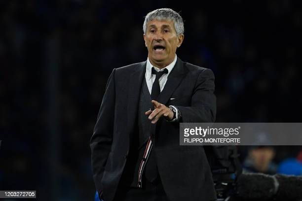 Barcelona's Spanish head coach Quique Setien reacts during the UEFA Champions League round of 16 firstleg football match between SSC Napoli and FC...