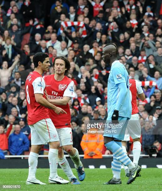 Barclays Premier League Arsenal v Manchester City Emirates Stadium Manchester City's Mario Balotelli squares up to Arsenal's Mikel Arteta after being...