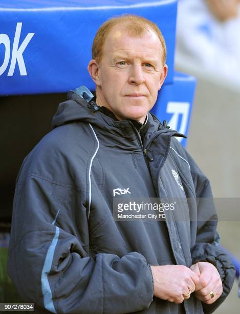Barclays Premier League Bolton Wanderers v Manchester City Reebok Stadium Bolton Wanderers manager Gary Megson