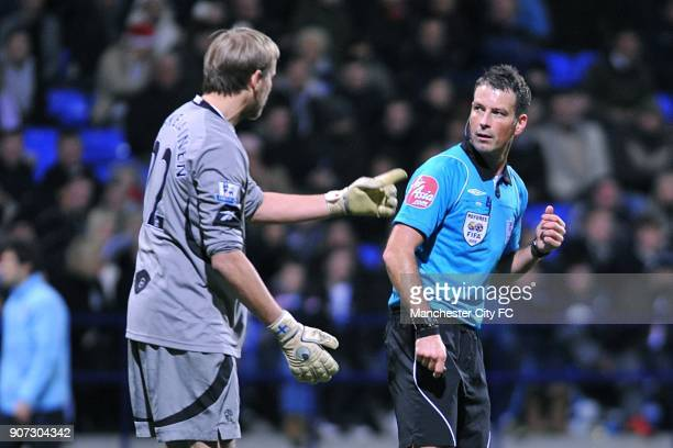 Barclays Premier League Bolton Wanderers v Manchester City Reebok Stadium Bolton Wanderers goalkeeper Jussi Jaaskelainen in conversation with referee...
