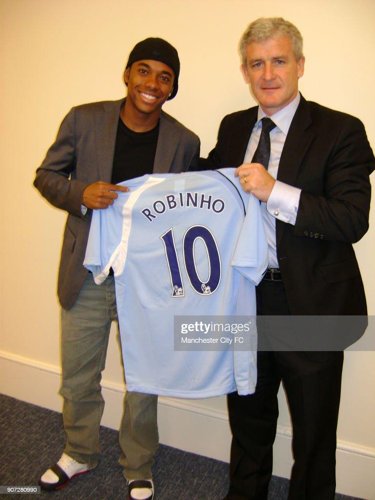 Soccer - Barclays Premier League - Manchester City Press Conference : News Photo