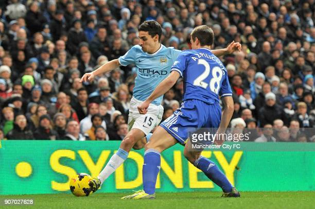 Barclays Premier League Manchester City v Chelsea Etihad Stadium Manchester City's Gonzalez Jesus Navas and Chelsea's Cesar Azpilicueta battle for...