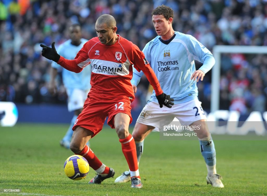 Soccer - Barclays Premier League - Manchester City v Middlesbrough - City of Manchester Stadium : News Photo