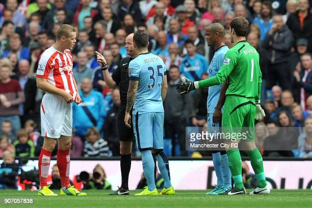 Barclays Premier League Manchester City v Stoke City Etihad Stadium Referee Lee Mason has a word with Stoke City's Ryan Shawcross
