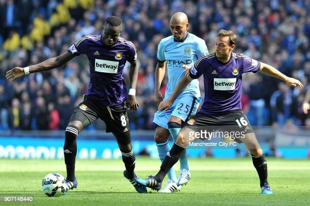 Barclays Premier League Manchester City v West Ham United Etihad Stadium Manchester City's Fernandinho and West Ham United's Cheikhou Kouyate and...