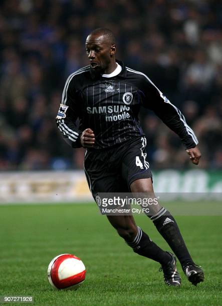 FA Barclays Premiership Manchester City v Chelsea The City of Manchester Stadium Claude Makelele Chelsea