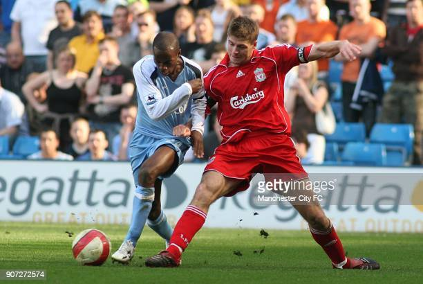 FA Barclays Premiership Manchester City v Liverpool The City of Manchester Stadium Liverpool's Steven Gerrard and Manchester City's DaMarcus Beasley...