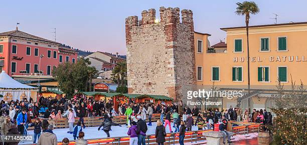 bardolino for christmas, italy - mere noel stock pictures, royalty-free photos & images
