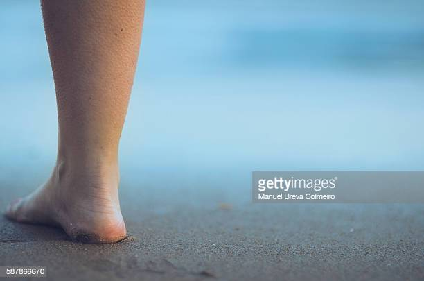 bare foot at the beach - goose bumps stock pictures, royalty-free photos & images