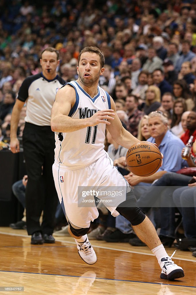 J.J. Barea #11 of the Minnesota Timberwolves drives to the basket against the Memphis Grizzlies on March 30, 2013 at Target Center in Minneapolis, Minnesota.
