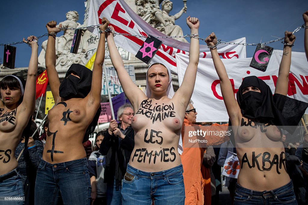 Femen in Paris during International Women's Day : News Photo