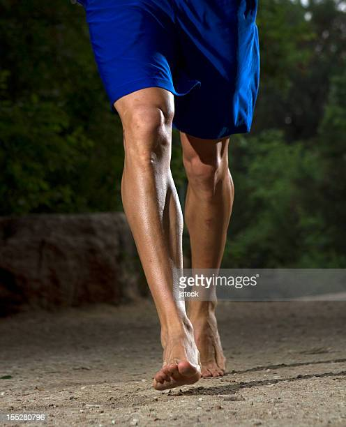barefoot trail running - striding stock pictures, royalty-free photos & images