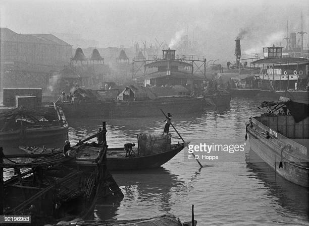 Barges at the Howrah Bridge over the Hooghly River in Calcutta 1929