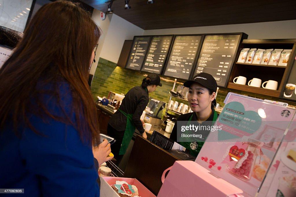 Inside A Starbucks Store And The 'Returning Moms' Program Ahead Of International Women's Day : News Photo
