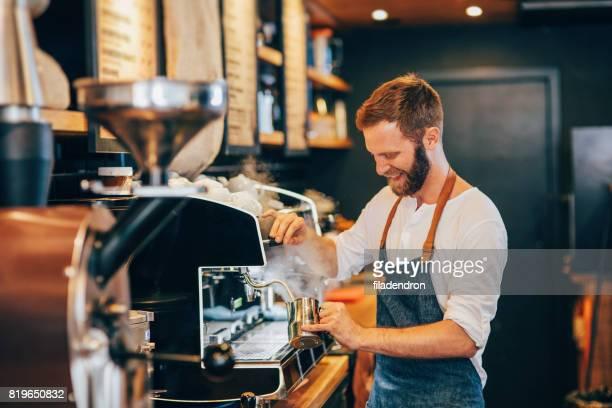 Barista-cappuccino maken