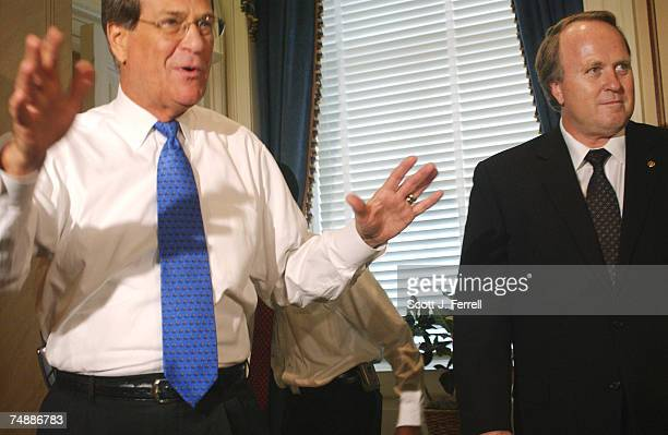 During a photo opp of their meeting in Lott's office, Senate Minority Leader Trent Lott, R-Miss., left, and Dean Barkley, a member of the...