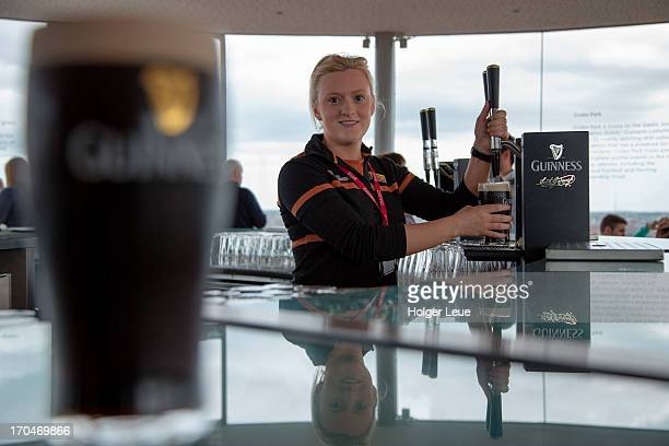 Barmaiden in Gravity Bar at Guinness Brewery