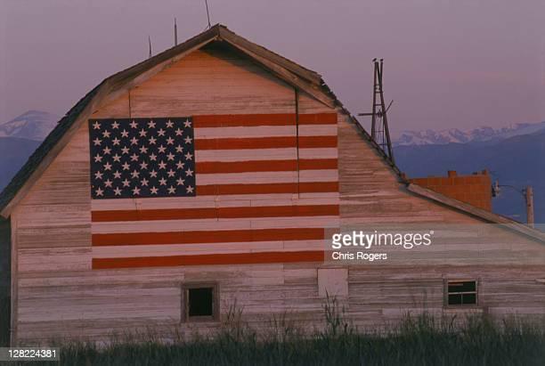 Barn w/ US flag, CO