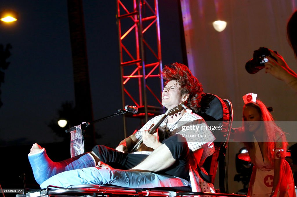 2017 Summer Concert Series - Barns Courtney And Ariana And The Rose : News Photo