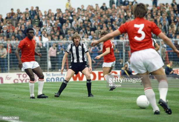 Barnsley v Newcastle United. Left to right, W Campbell, J Brownlie. Circa 1981.