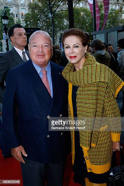 Baron and Baroness Reille attend the 'Le nouveau Stagiare' movie Premiere to Benefit 'Claude Pompidou Foundation' held at Cinema 'UGC Normandie' on...