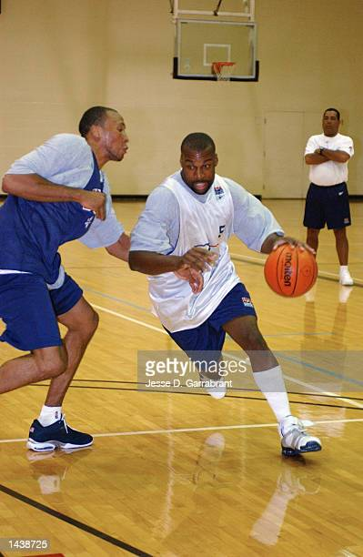 Shawn baron pictures and photos getty images baron davis drives past shawn marion of the united states during a practice on august 27 thecheapjerseys Image collections