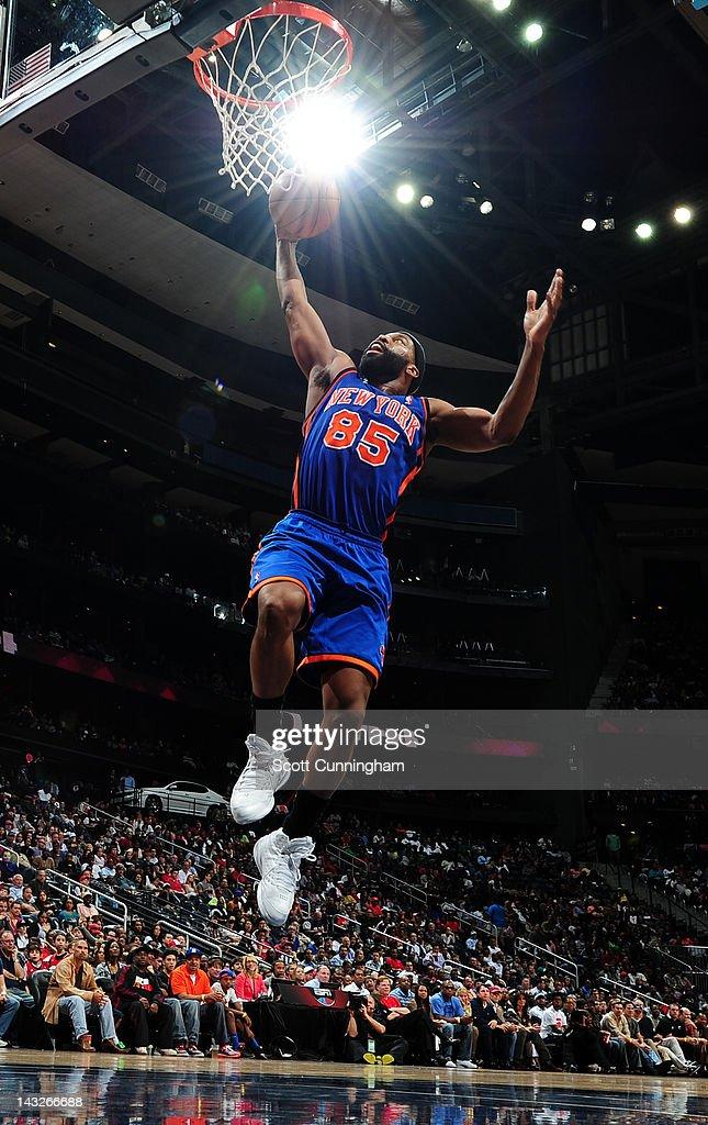 Baron Davis #85 of the New York Knicks goes to the basket against the Atlanta Hawks on April 22, 2012 at Philips Arena in Atlanta, Georgia.