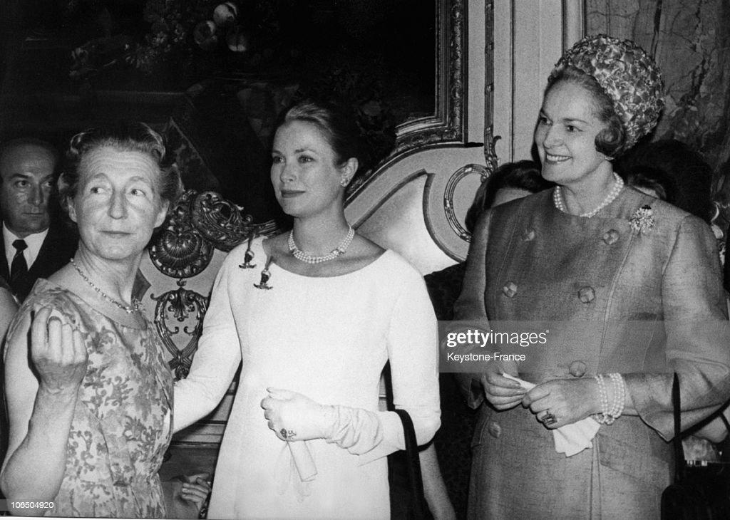 Baroness Seilliere, Grace Of Monaco And La Begum 1965 : News Photo