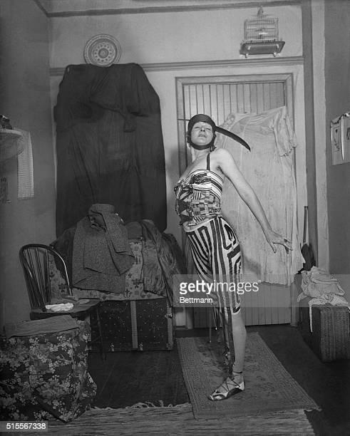 baronne photos et images de collection getty images. Black Bedroom Furniture Sets. Home Design Ideas