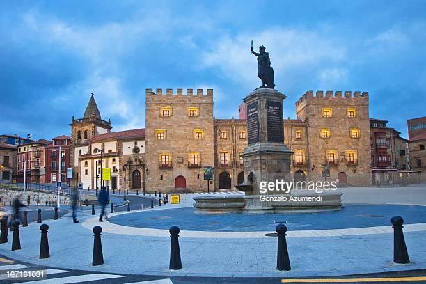 baroque architecture in gijon. - gijon fotografías e imágenes de stock