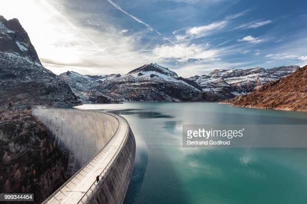barrage et lac d'emosson - dam stock pictures, royalty-free photos & images