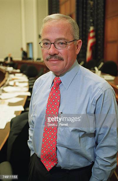 BARRBob Barr RGa in the House Financial Services meeting room
