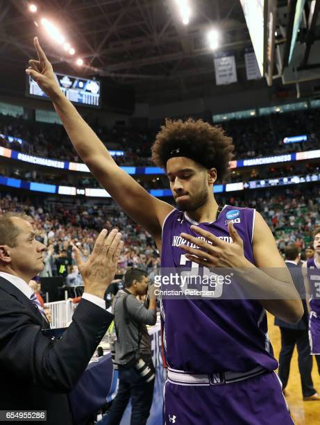 Barret Benson of the Northwestern Wildcats acknowledges the fans after his team losses to the Gonzaga Bulldogs during the second round of the 2017...