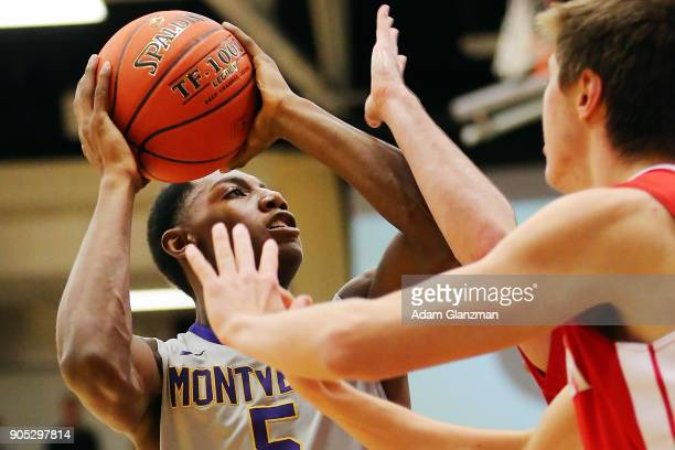 J Barrett of Montverde Academy goes up for a layup in a game against Mater Dei High School during the 2018 Spalding Hoophall Classic at Blake Arena...