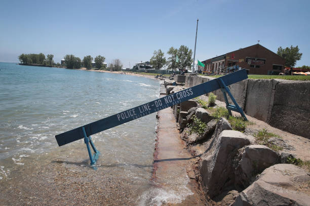 IL: Lake Michigan Water Levels Surge After Record May Rainfall In Chicago Area