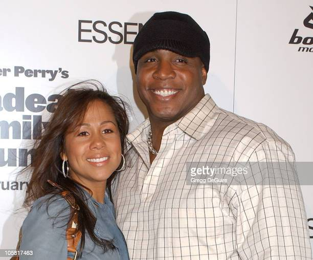 Barry Bonds and wife Liz during Madea's Family Reunion Los Angeles Premiere Arrivals at ArcLight Cinemas in Hollywood California United States