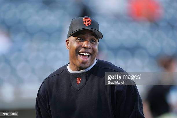 Barry Bonds of the San Francisco Giants jokes around during batting practice before the game against the Los Angeles Dodgers at SBC Park on May 25...