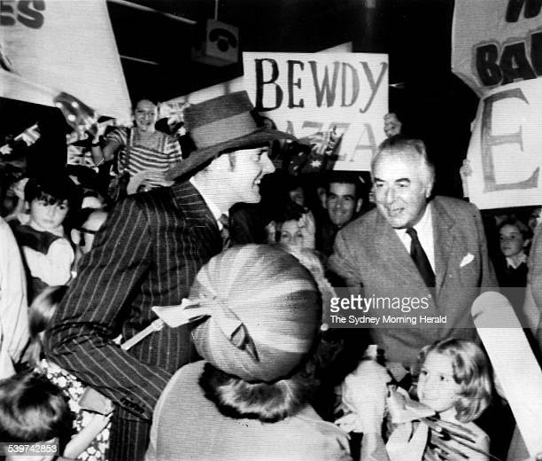 Barry Crocker meets Prime Minister Gough Whitlam and his wife Margaret during filming of 'Barry McKenzie Holds His Own' at Sydney Airport 20 April...