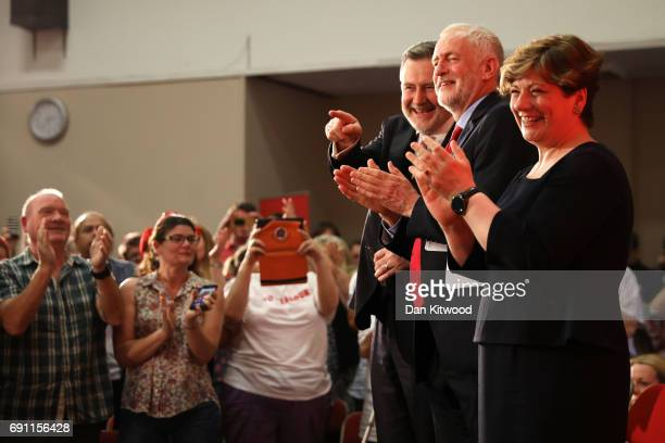 Barry Gardiner Jeremy Corbyn and Emily Thornberry applaud as Jeremy Corbyn is set to deliver a speech on Labour's plan for Brexit negotiations at...