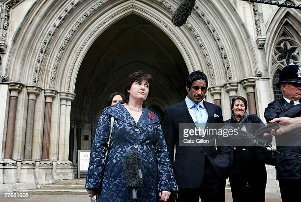 Barry George's sister Michelle Diskin arrives at the High Court for her brother's appeal on November 5 2007 in London England Barry George is making...