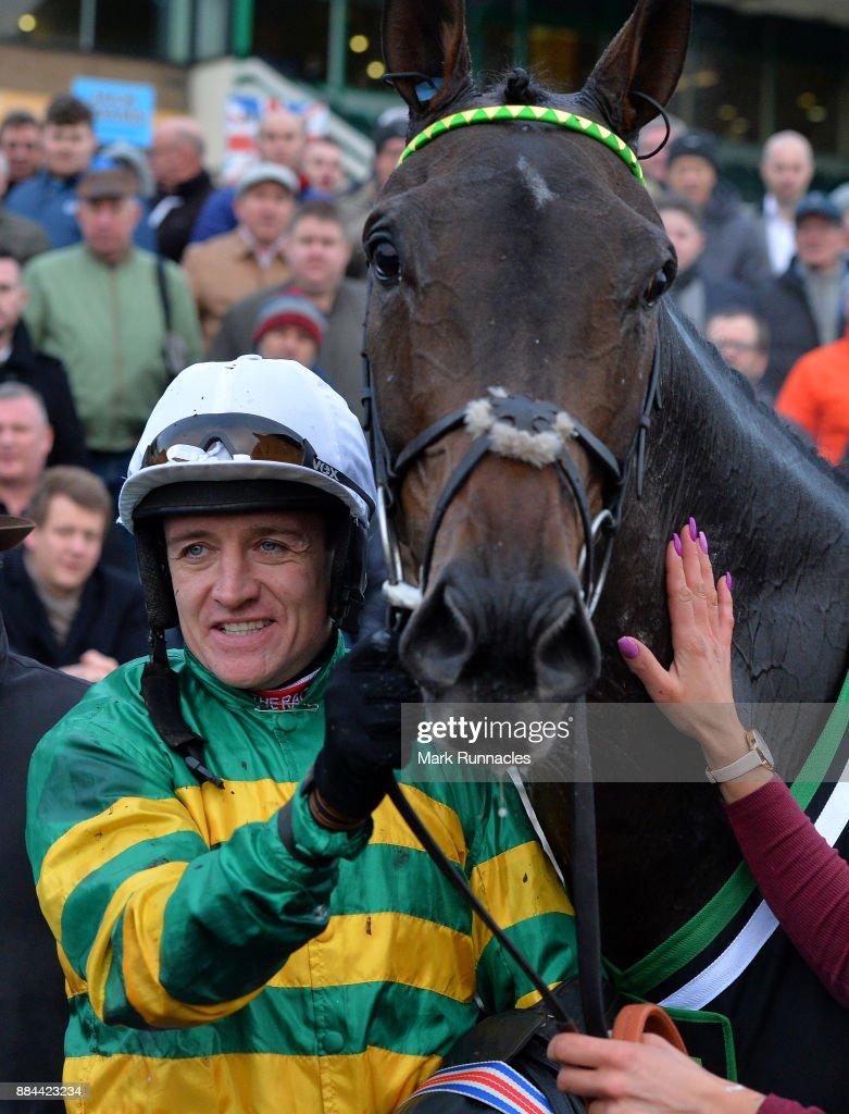 Newcastle Races : News Photo
