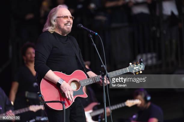 Barry Gibb performs on day 4 of the Glastonbury Festival 2017 at Worthy Farm, Pilton on June 25, 2017 in Glastonbury, England.
