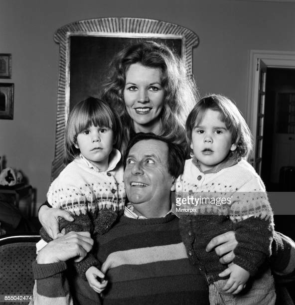 Barry Humphries with his wife Diane Millstead and their children Rupert and Oscar, December 1984.