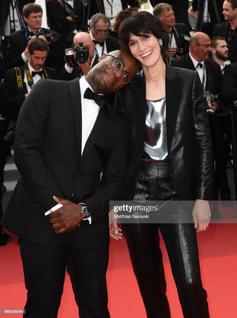 """""""Twin Peaks"""" Red Carpet Arrivals - The 70th Annual Cannes Film Festival : News Photo"""