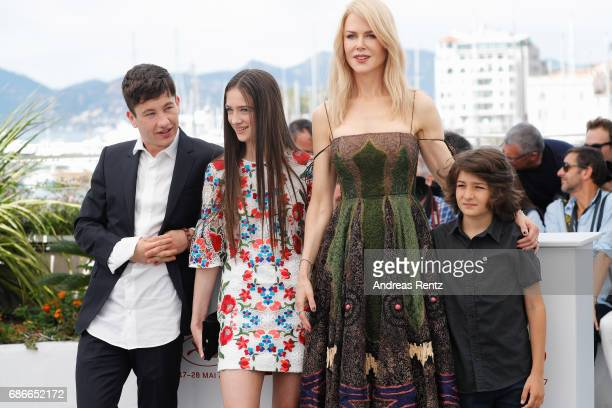 Barry Keoghan Raffey Cassidy Nicole Kidman and Sunny Suljic attend the 'The Killing Of A Sacred Deer' photocall during the 70th annual Cannes Film...