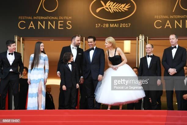 Barry Keoghna Raffey Cassidy Yorgos Lanthimos Sunny Suljic Efthymis Filippou Nicole Kidman Ed Guiney and Andrew Lowe attend the The Killing Of A...