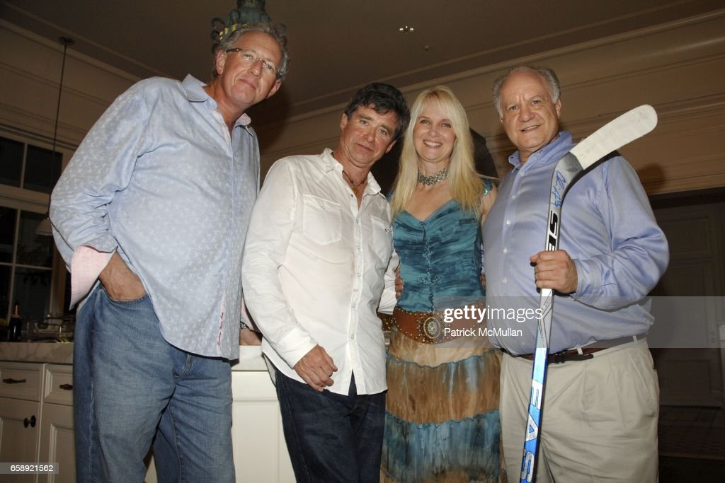 Barry Klarberg, Jay McInerney, Sara Herbert-Galloway and Steve Schutzer attend the Best Buddies Hamptons Gala at the Home of Anne Hearst McInerney and Jay McInerney on August 21, 2009 in Watermill, NY.