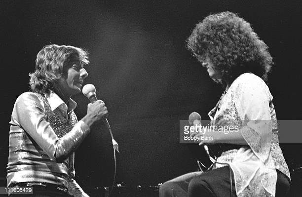 Barry Manilow and Melissa Manchester during Barry Manilow in Concert at The Schafer Music Festival in New York City September 12 1975 at Central Park...