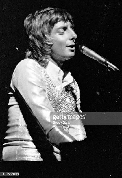 Barry Manilow during Barry Manilow in Concert at the Arista Festival City Center September 21 1975 at Barry Manilow performs at Arista Festival City...